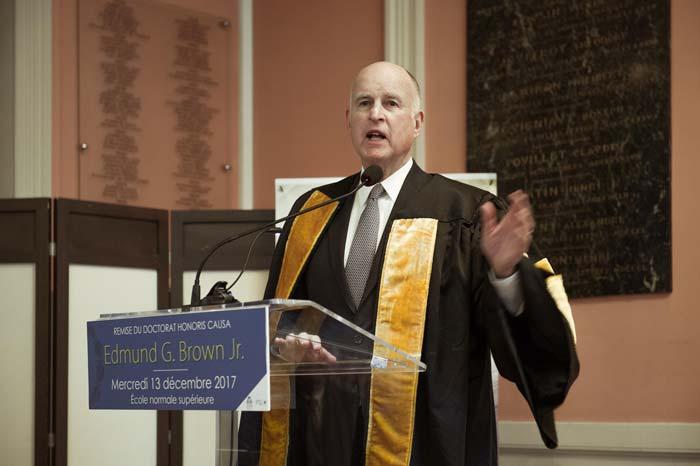 gouverneur jerry brown